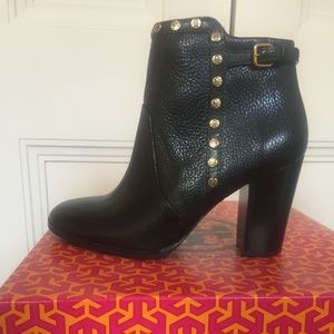 Tory Burch Mae Bootie size 8